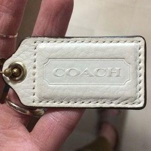 Accessories - Coach tag